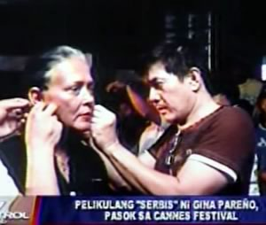 Gina Pareno (left) with Director Brillante Mendoza (right).